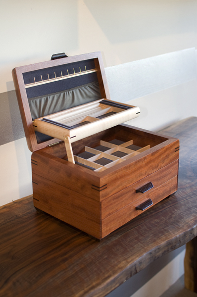 The Joinery Jewelry Box