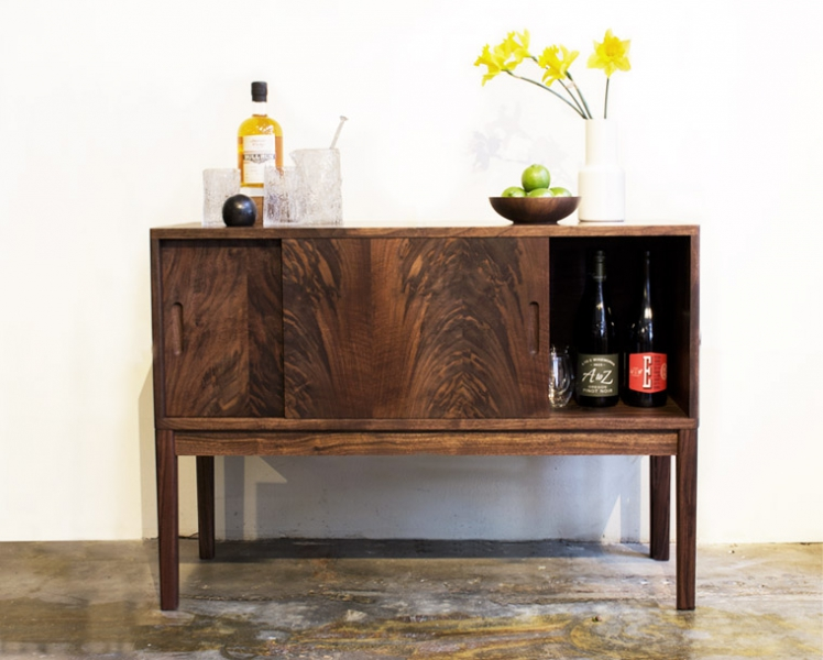 Maud Credenza as a bar