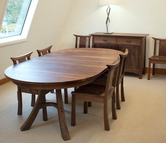 Round Kyoto Extension Dining Table