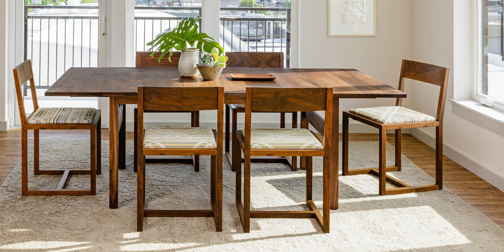 Celilo Trestle Extension dining table