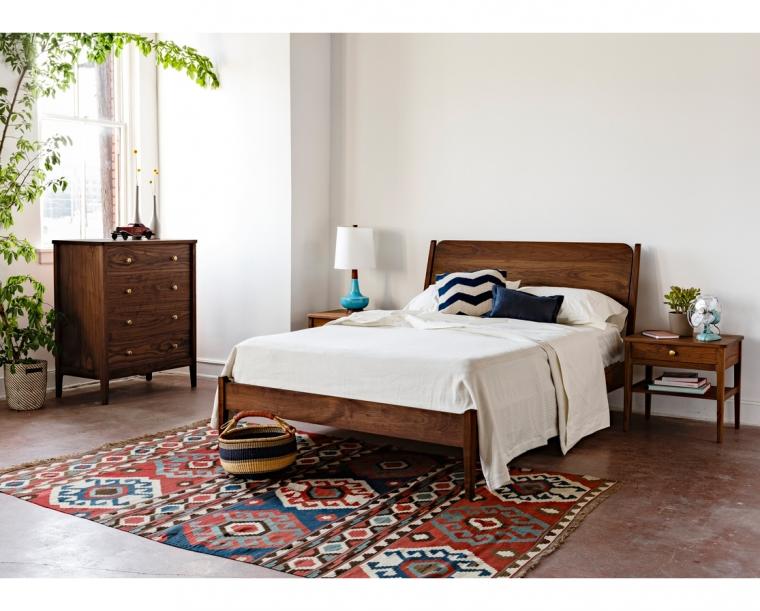 Whitman Bedroom Set in Eastern Walnut