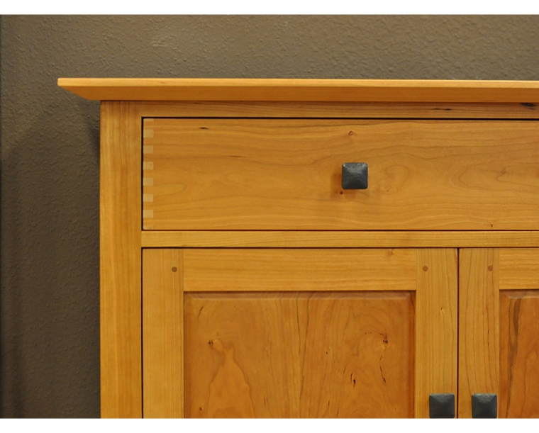 Dunning Top Edge Detail in Cherry