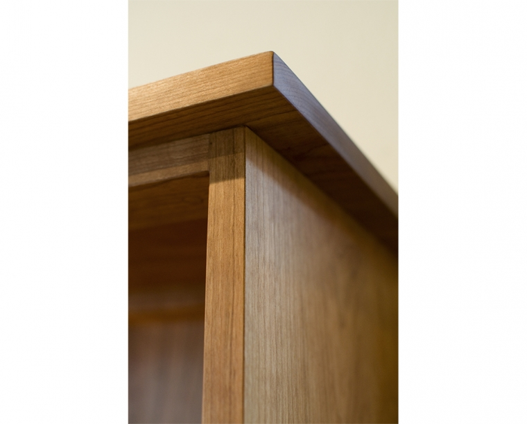 Bookcase Mission Top Edge Detail in Cherry