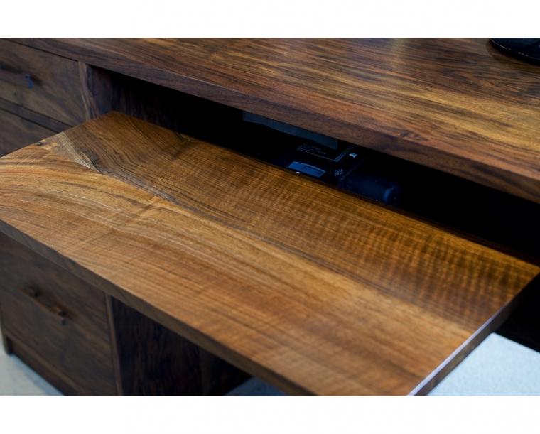 Ergonomic Keyboard Tray in Western Walnut