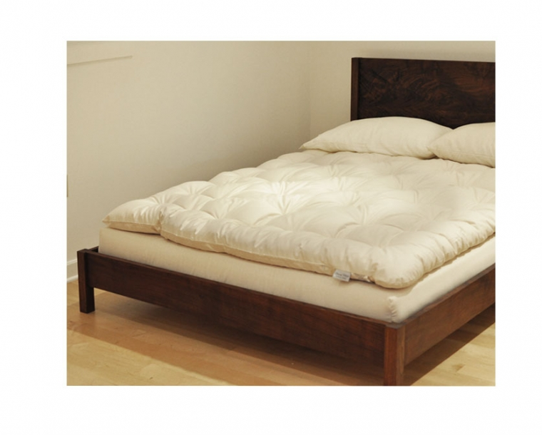 Linden Organic Mattress on our Modern Simple Bed