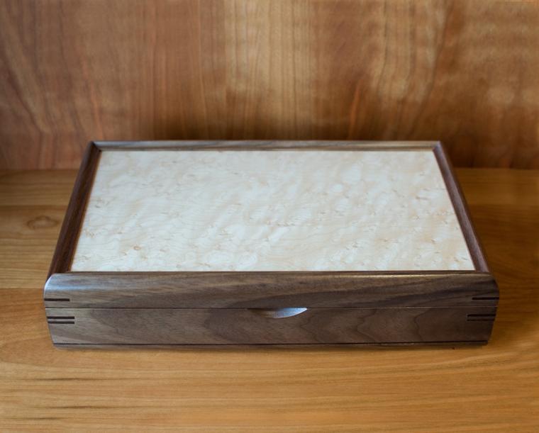 Mikutowski Valet Box