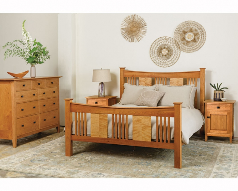 Sorenson Reverse Bed in Cherry with Quilted Maple Panels