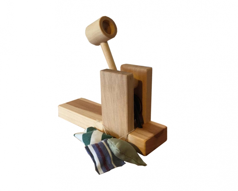 Wooden Catapult with three small bean bags